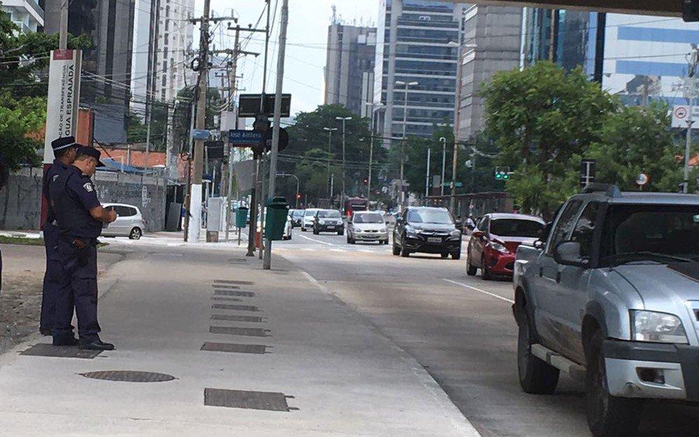 Doria diz que guarda civil tem autonomia para autuar após guardas serem vistos multando em São Paulo https://t.co/AzdOwaOSdc #G1