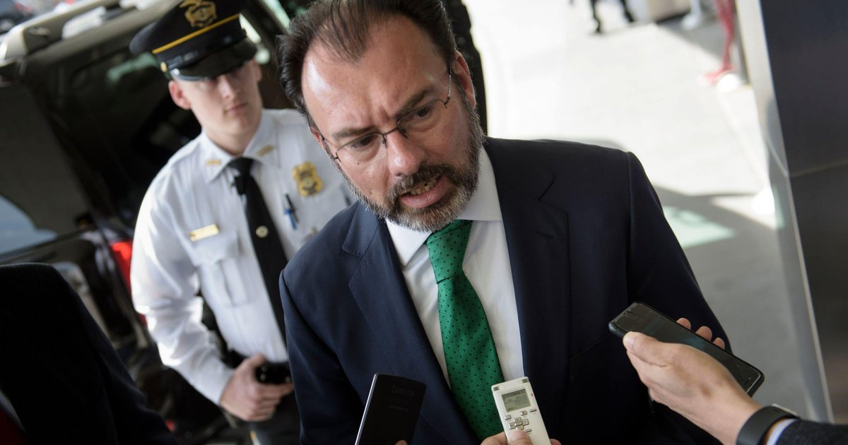 Foreign minister Mexico 'will not accept' unilateral U.S. immigration proposals