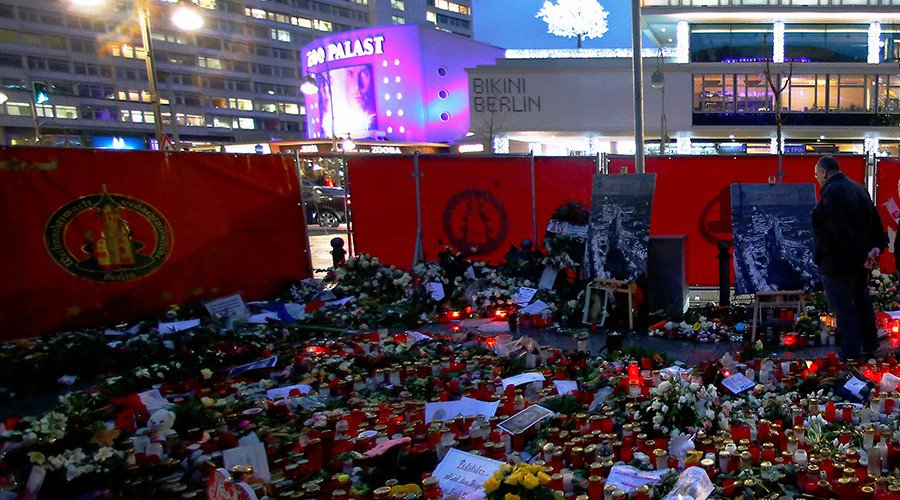 2 months later: Berlin mayor finally sends condolences to Christmas market