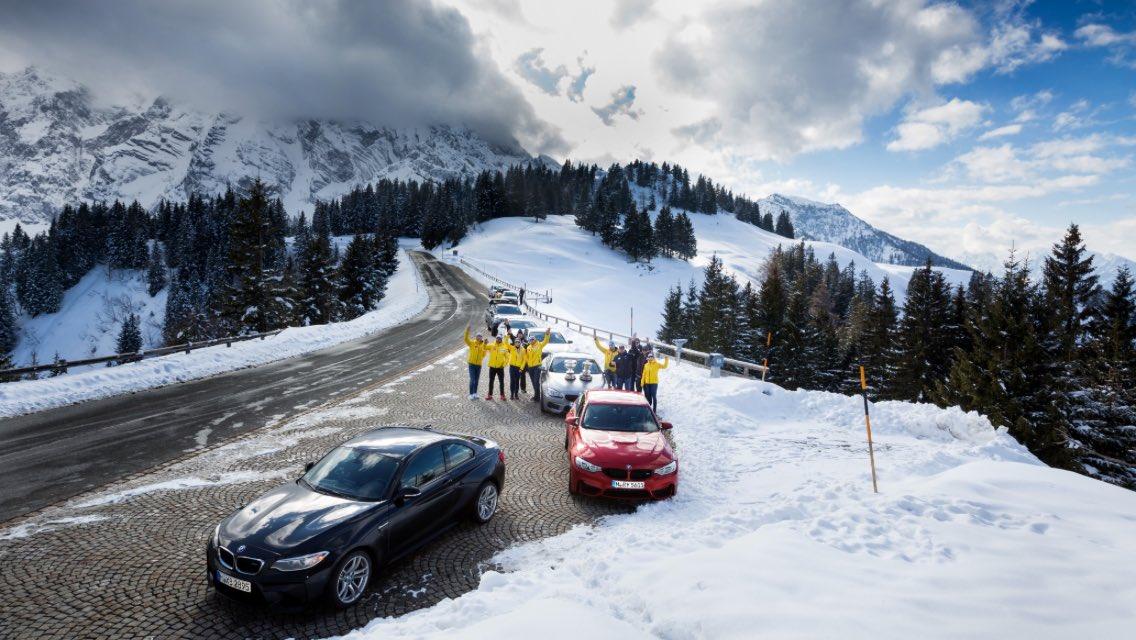 Gipfeltreffen der Piloten zur #BMW IBSF WM am #Königssee #BMWworlds17 #Rossfeld #Berchtesgaden https://t.co/UYiEaIg8tf