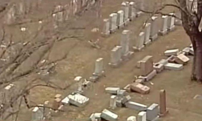 Des musulmans américains financent la restauration d'un cimetière juif vandalisé https://t.co/31esfGcHZ4