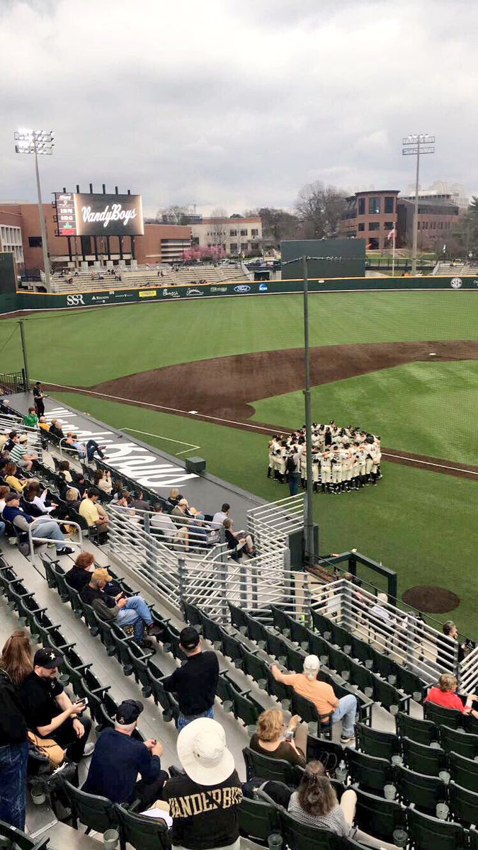 Your #VandyBoys are back! https://t.co/c023AdC00o