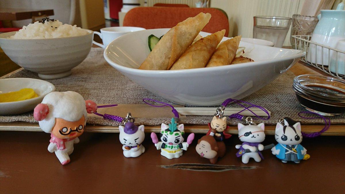 cafechouchouにて#ひつじです#ねこねこ日本史 #ガシャポン
