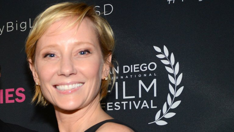 .@AnneHeche set as female lead in NBC's 'For God and Country'