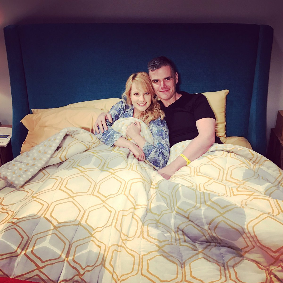 Not to brag about my intimate conquests-but thrilled to have bed the scoop master @MichaelAusiello #tapenightdelight https://t.co/e02kEPeU59
