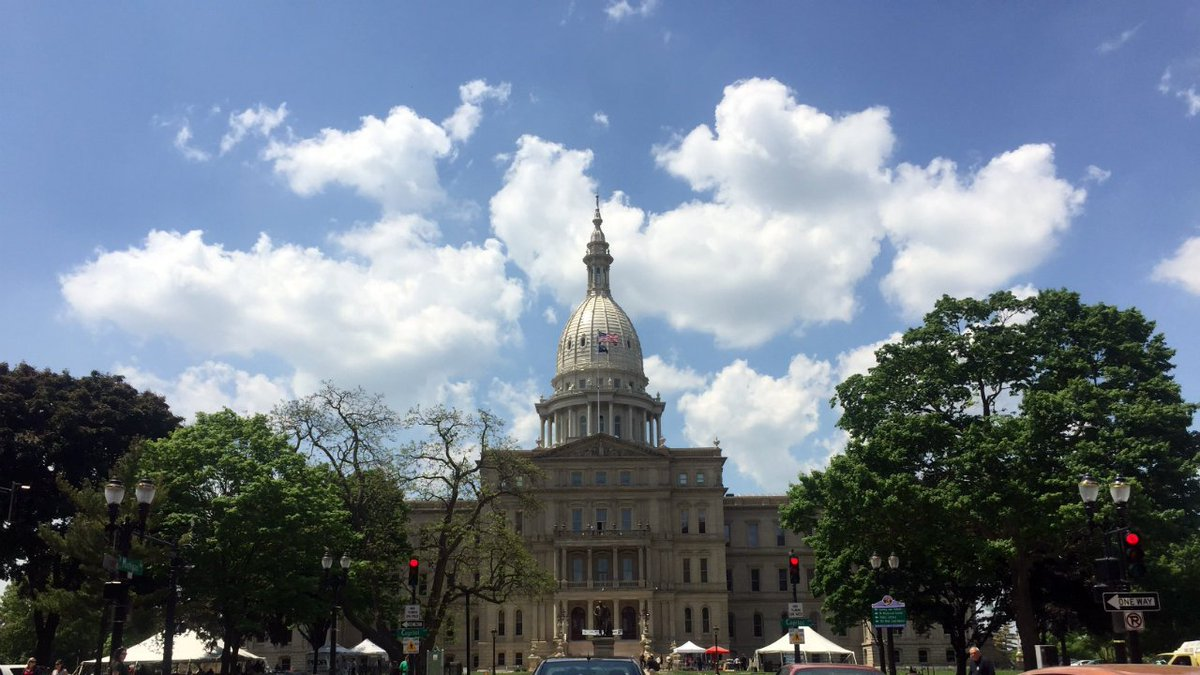 Bill to cut income tax to zero falls in Michigan House