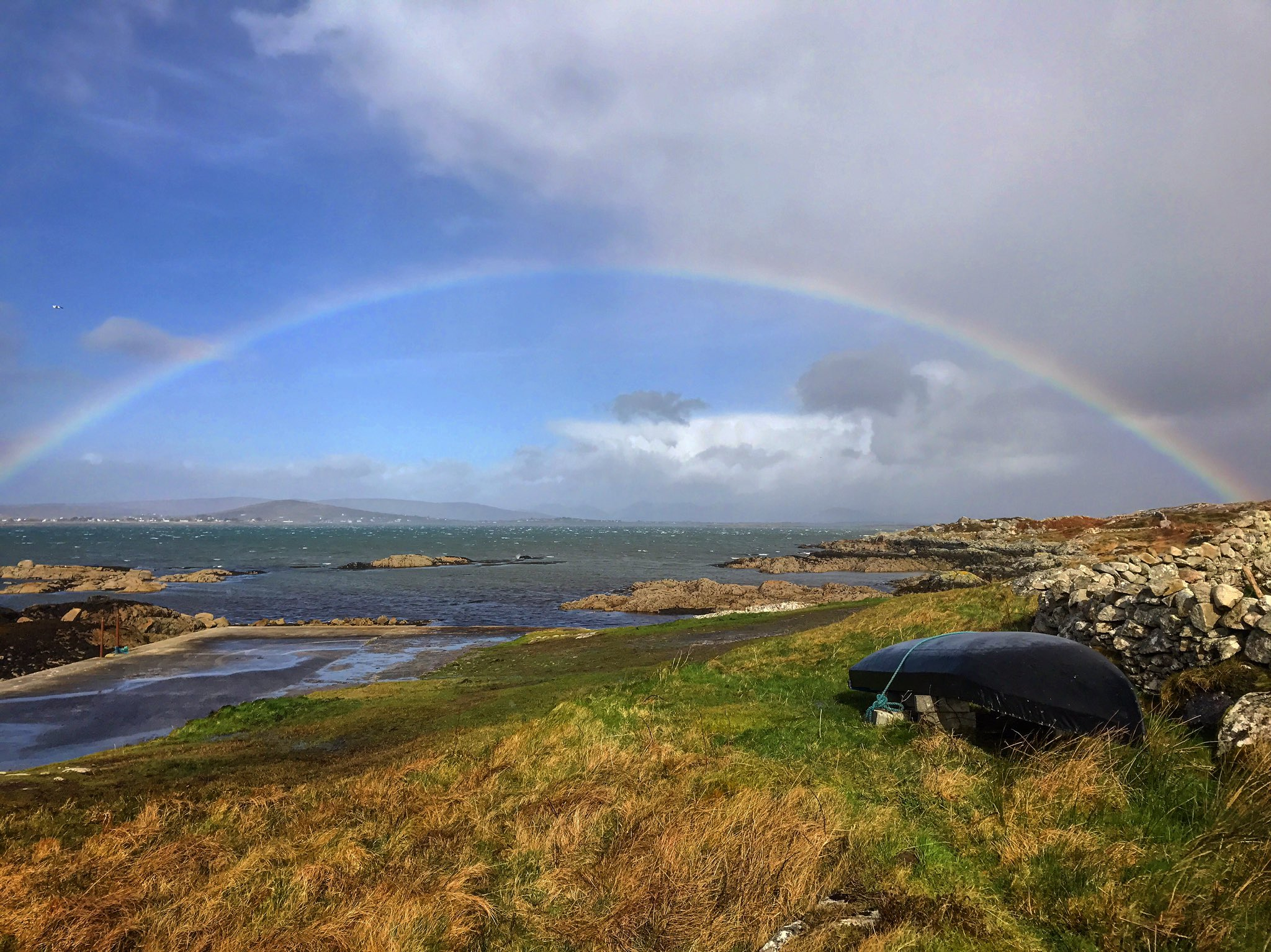 Rainbow after #StormDoris at Trá an Dóilín, Connemara, Co. Galway today https://t.co/sS4rLoifoO