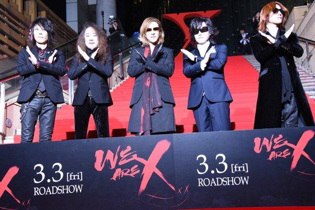 X JAPAN「あまりにも壮絶」な映画、舞台挨拶でYOSHIKIがファンに感謝 https://t.co/TIzwAsLVjU #xjapan