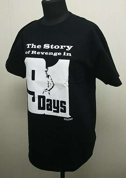 【プレミアムイベント商品紹介④】Tシャツ:2,500円(税込)銃を持ったアヴィリオのシルエットのロゴをプリントしたTシャ