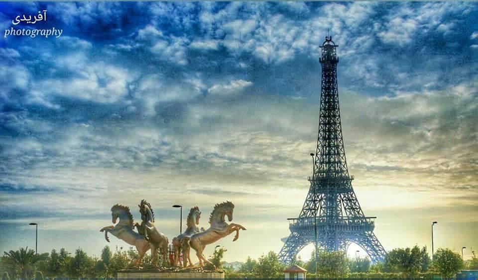 Mesmerizing view of Eiffel tower Bahria town #LocallyLahore #BahriaTown #eiffel #Lahor ...