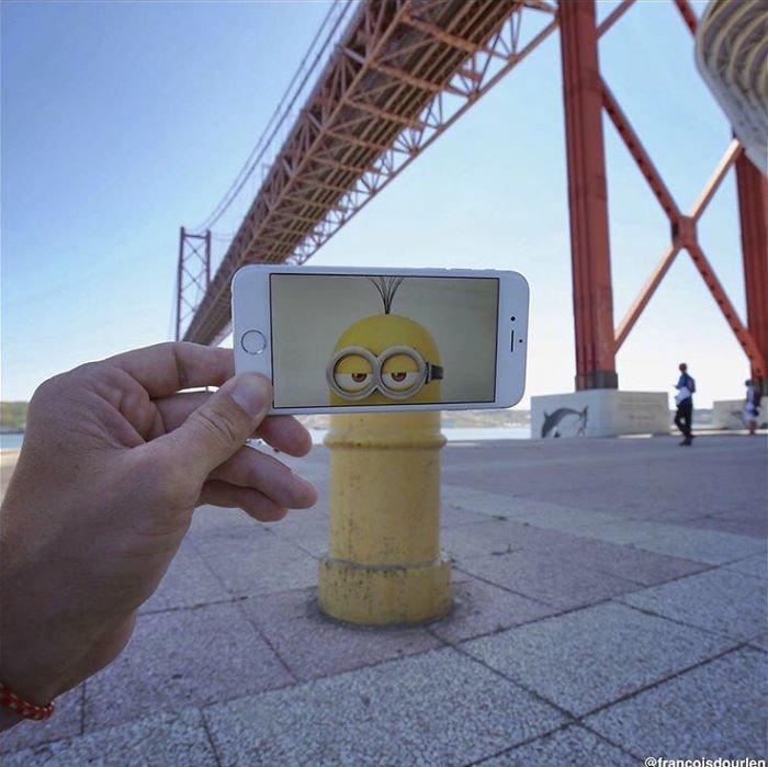 Professor insere imagens de filmes em cenas do cotidiano