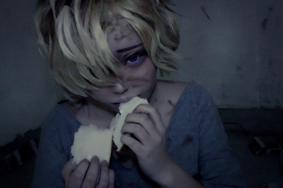 コスプレ【DIABOLIK LOVERS 】無神コウ:幼少期きみの知ってるやつと違って…不幸せな頃のコウだよ。食パンと併
