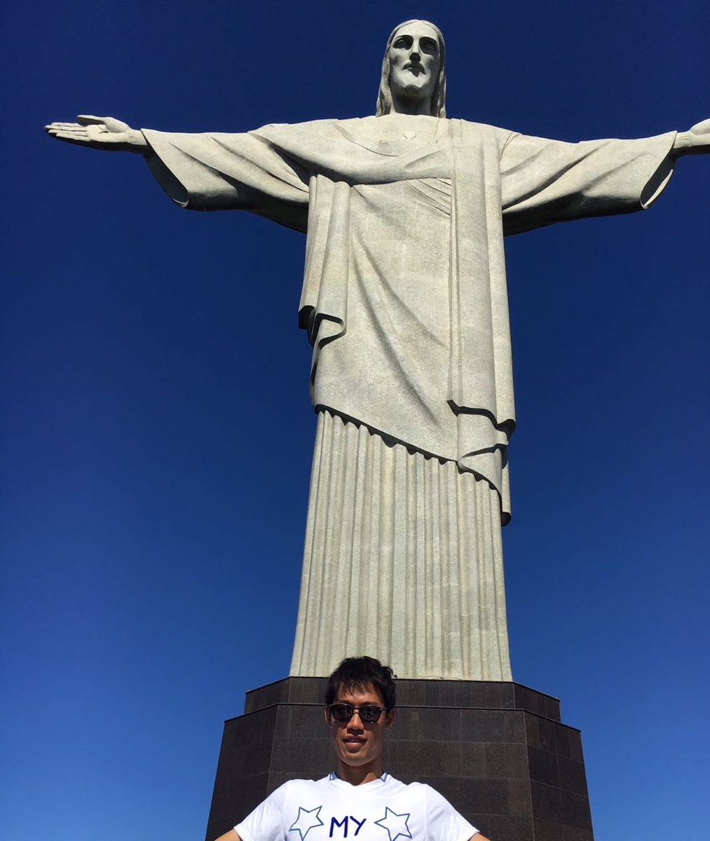 Before leaving Rio, @keinishikori had to go to a special place... #RioOpen2017 #Christ ...