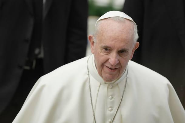 Papa sugere que é melhor ser ateu do que 'católico hipócrita' https://t.co/YhN8OgjIih