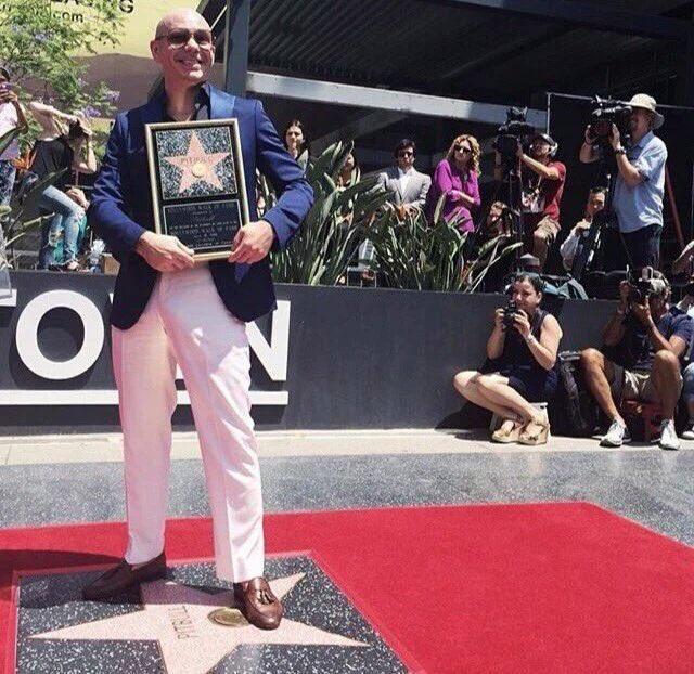 #TBT #HollywoodStar #ThrowbackThursday #Dale https://t.co/EhMa0AgZ8s