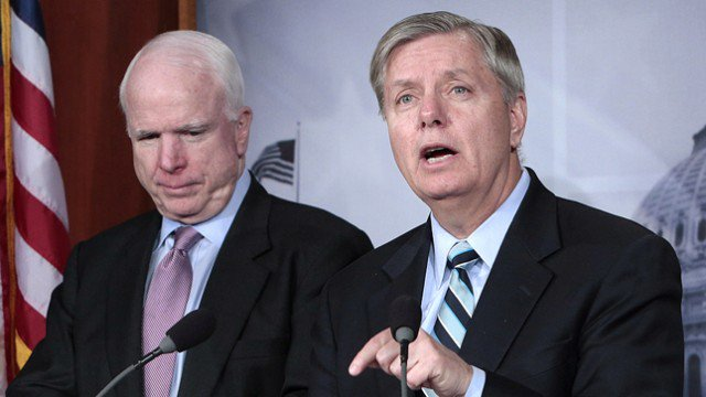 CNN to host town hall featuring John McCain and Lindsey Graham https://t.co/x2HUvI0Iva