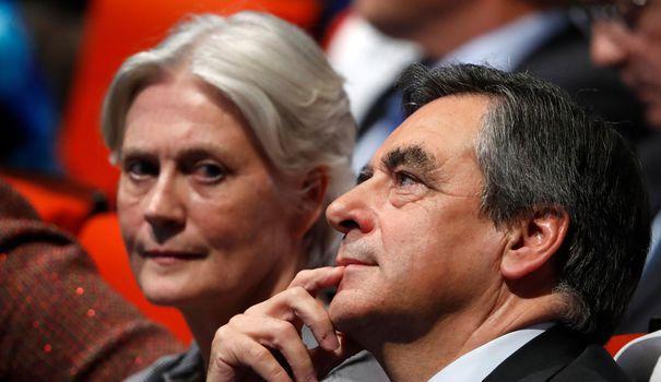 Penelope Fillon aimerait s'exprimer, mais François Fillon l'en empêche https://t.co/3VaTVxDych