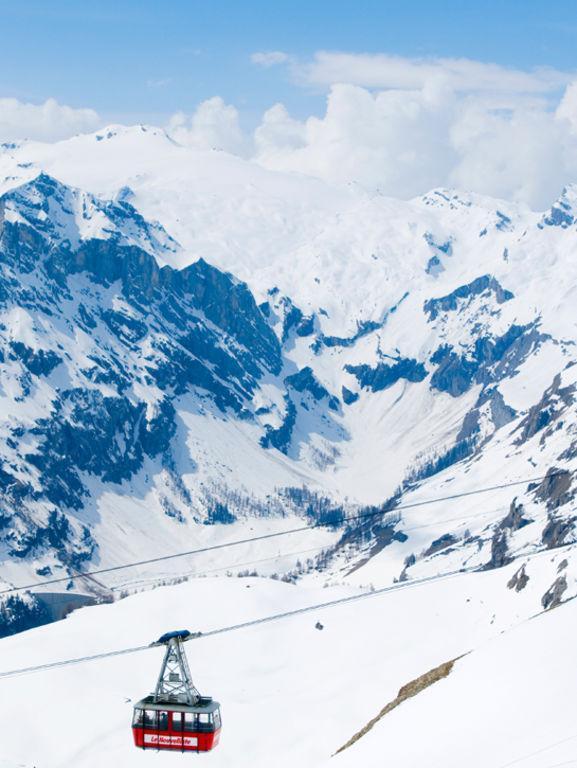 36 heures à @CransMontana: le réveil helvète #suisse #voyage https://t.co/wn3bk12OeE