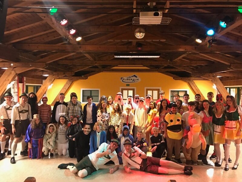 test Twitter Media - Our final night in Obertauern. The fancy dress awards evening was amazing. We are all sad it's coming to an end. #Austria17 🇦🇹 https://t.co/gKIxxwHtEr