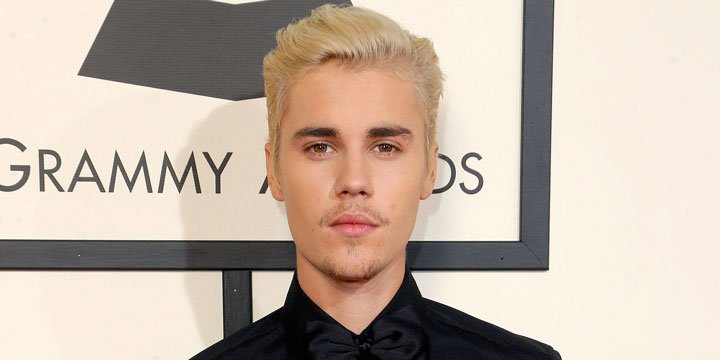 No, Justin Bieber didn't pee on himself. Here's what that 'pee pants' stain was all about
