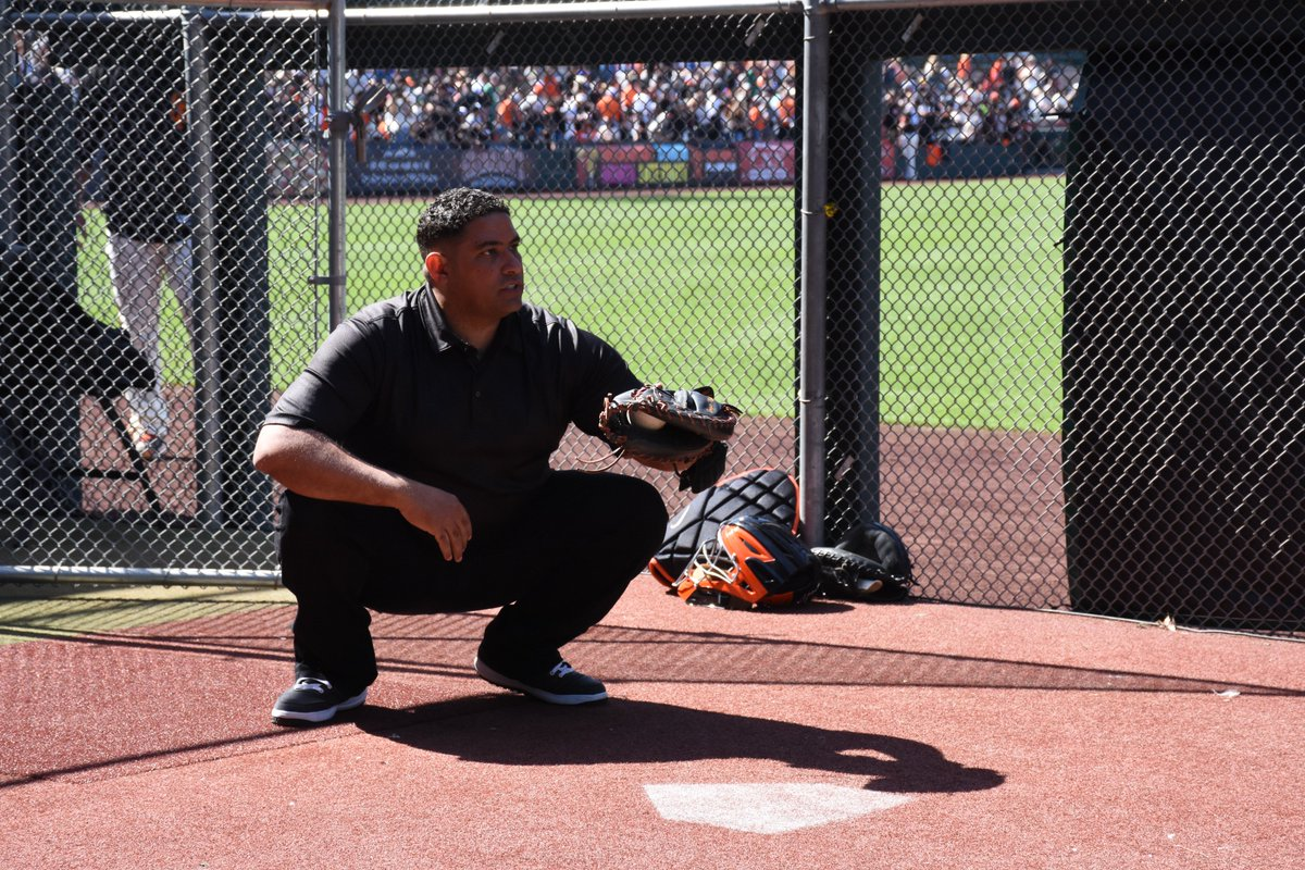 Former c breaks down what makes one of the best at pitch framing on ...