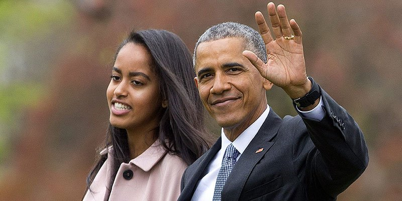 Barack Obama takes daughter Malia to Broadway show—and he looks incredible!