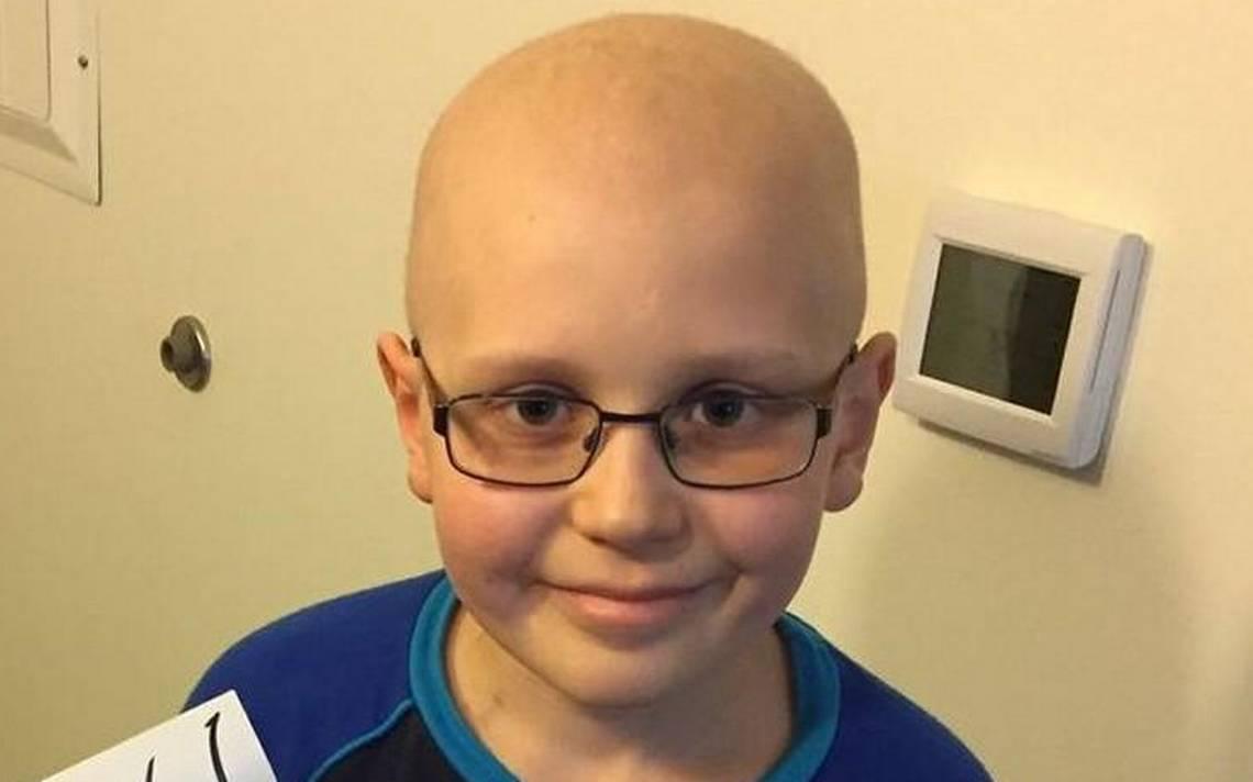 Visa problem imperils British boy's cancer treatment in Kansas City