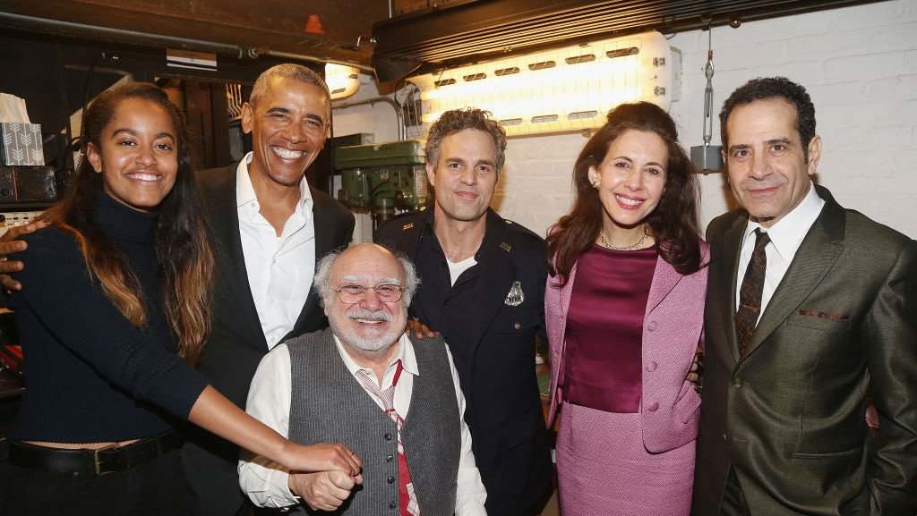 Barack Obama and daughter Malia meet with Mark Ruffalo and Danny DeVito on Broadway