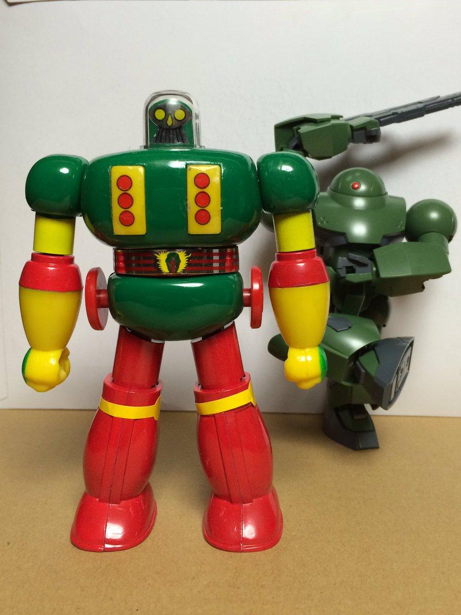 タイガーマスクWにプロレスロボットが出て来るとは…新日系だけにアステカイザーのゴリキングへのリスペクトかしら? #タイガ