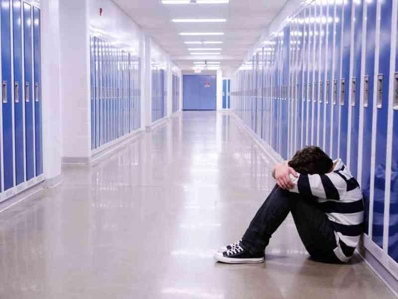 Psicoterapia é eficaz para tratar depressão na adolescência em 70% dos casos, indica estudo https://t.co/PUjvUoqIJX