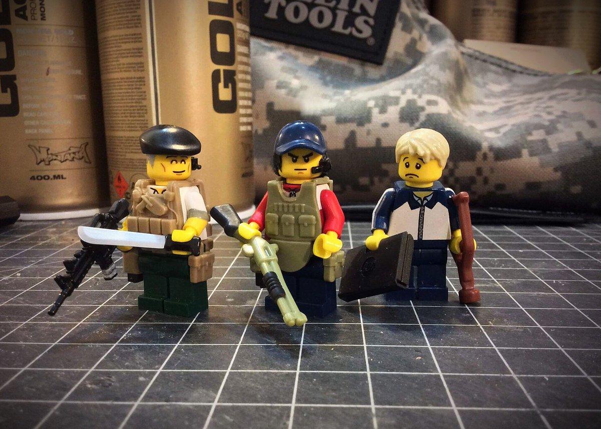 密かに増やしつつある亜人LEGO、佐藤さんと田中くんに奥山くんが加わってテロ組マイティ3が揃いました☺️✨