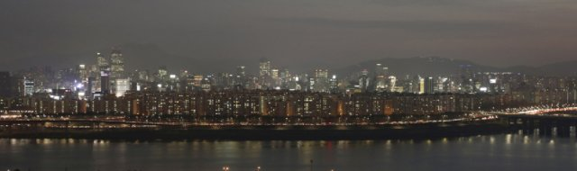 [전국 아파트값 역대 최고…3.3㎡당 1047만원] 특히 서울의 아파트 값은 3.3㎡당 1913만원으로 전국에서 가장 높았다. https://t.co/qCxTDdTvuh