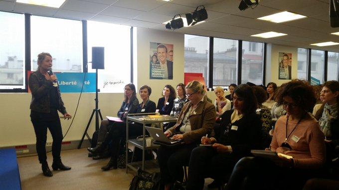 Ce dimanche des femmes #EnMarche  au QG. 'Pour s'engager il faut avoir envie de changer le monde et avoir aussi un peu confiance  en soi'