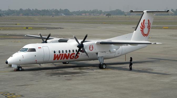 RT @liputan6dotcom: Pesawat Wings Air Pecah Ban di Bandara Lampung https://t.co/w2kLNbzUlu https://t.co/sB9yw2cWLy