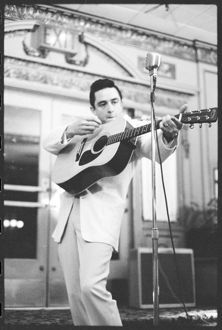 On this day in 1932 Johnny Cash, was born J. R. Cash. happy bday to