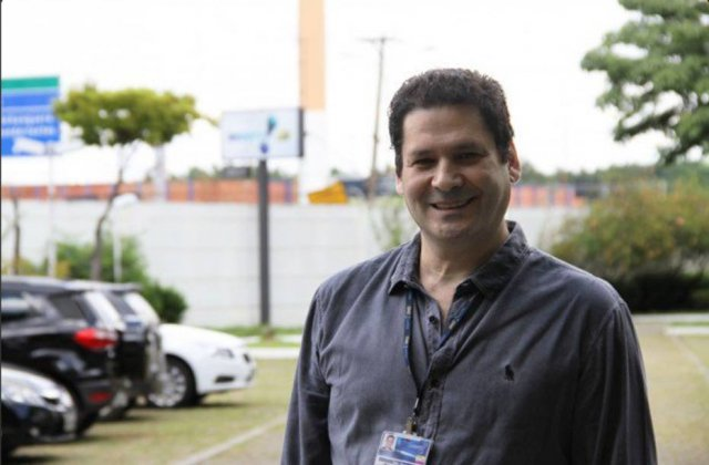 Superintendente da RedeTV pede demissão após gafe com a 'musa do impeachment' ao vivo https://t.co/OUPJoinvqC
