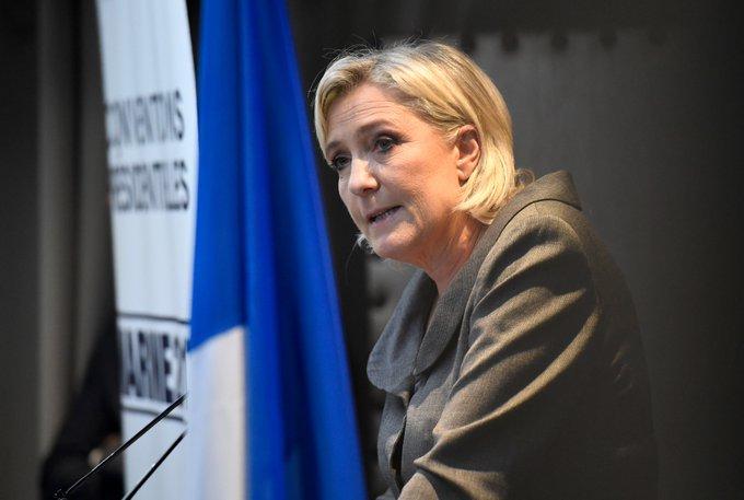 #MarineLePen en meeting à #Nantes, à propos de l'affaire #Théo : «J'ai été la seule à ne pas [violer] la présomption d'innocence»