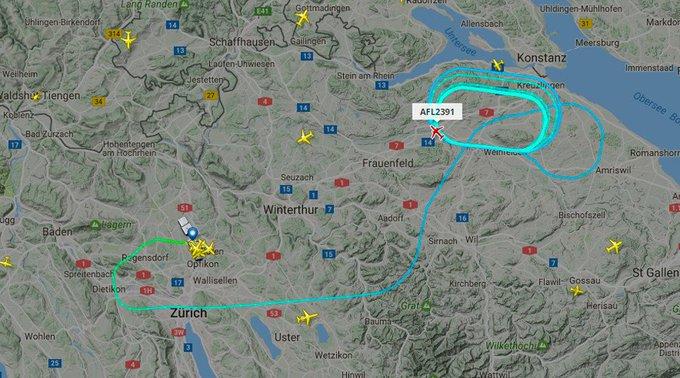 Zurich : Un problème «imprévu» à bord de l'avion #AFL2391 qui rentre à Kloten où les pompiers se tiennent prêts https://t.co/mzGPj5Fjsa