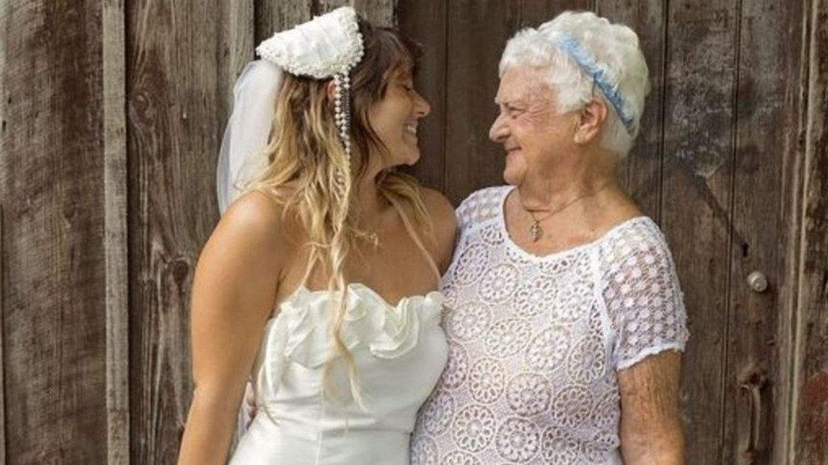 """She'd say, 'You ever hear of a 92-year-old bridesmaid?'' meet the bride who chose her gran to be her bridesmaid https://t.co/ZMw5me6vkO"