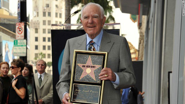 Joseph Wapner, who presided on the reality TV show 'The People's Court,' has died, according to his son. He was 97. https://t.co/CMUda5l1x6