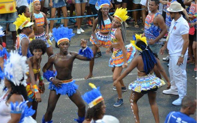 Siga o Carnaval de Salvador https://t.co/O2Y9HFFpEF #Carnaval2017 #G1