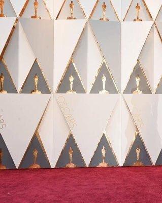 RT @yeunmyl0ve: The Walking Dead Cast in  #Oscars https://t.co/aXdkcd4MfR