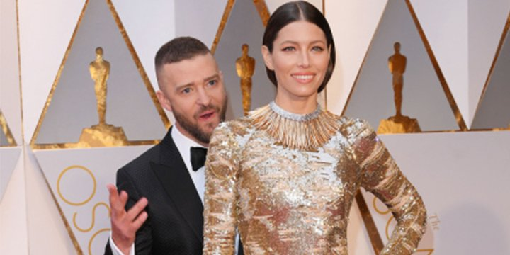 Justin Timberlake loves wife Jessica Biel's Oscars dress ?