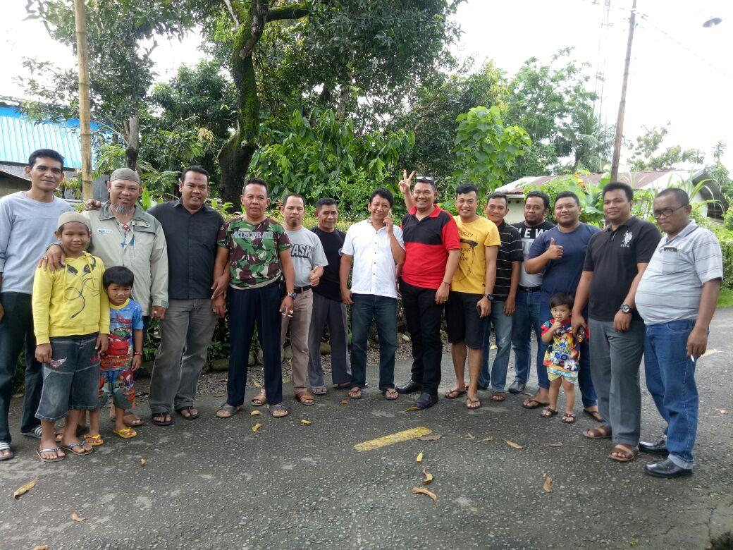 Foto bersama pada pemilihan ketua RW,RT Komp,Purn TNI AU Pai 3 ,Serta Remaja Cumulus https://t.co/ed5rCRQEb3