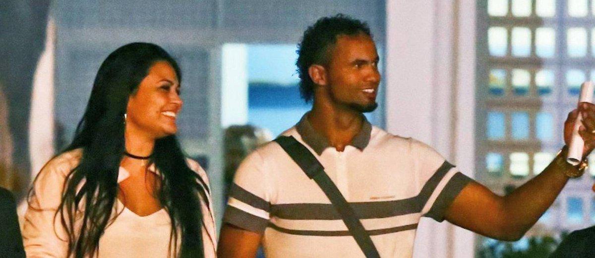 Ex-goleiro Bruno deve retornar ao Rio depois do carnaval.