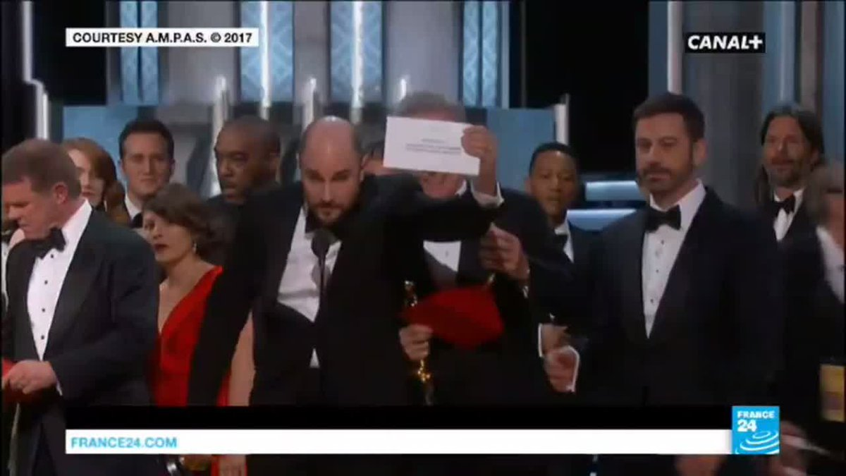 VIDEO -  What happened at the Oscars 2017: 'Moonlight' wins 'Best Picture' after huge mix-up
