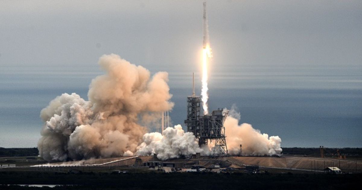 Watch Live: Elon Musk makes mystery SpaceX announcement