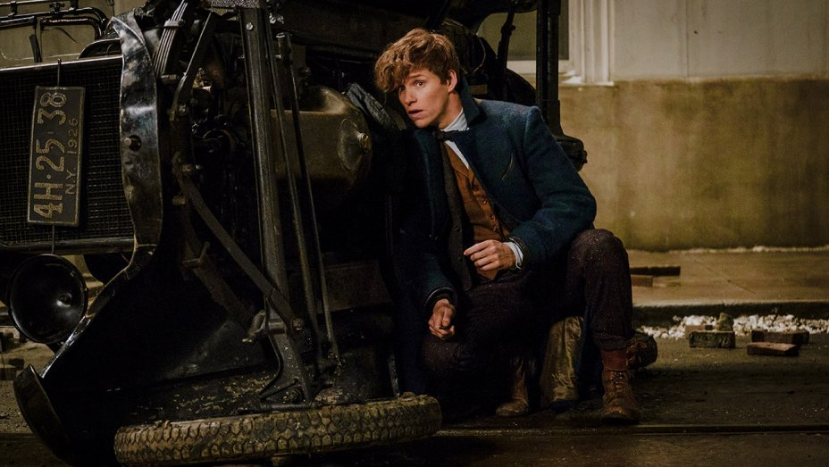 'Fantastic Beasts' wins first Oscar for the 'Harry Potter' franchise