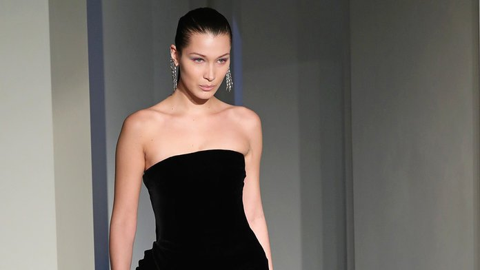 @InStyle: How many miles has @BellaHadid walked this Fashion Month? https://t.co/CoJat6egmc https://t.co/p3s3btFgf5