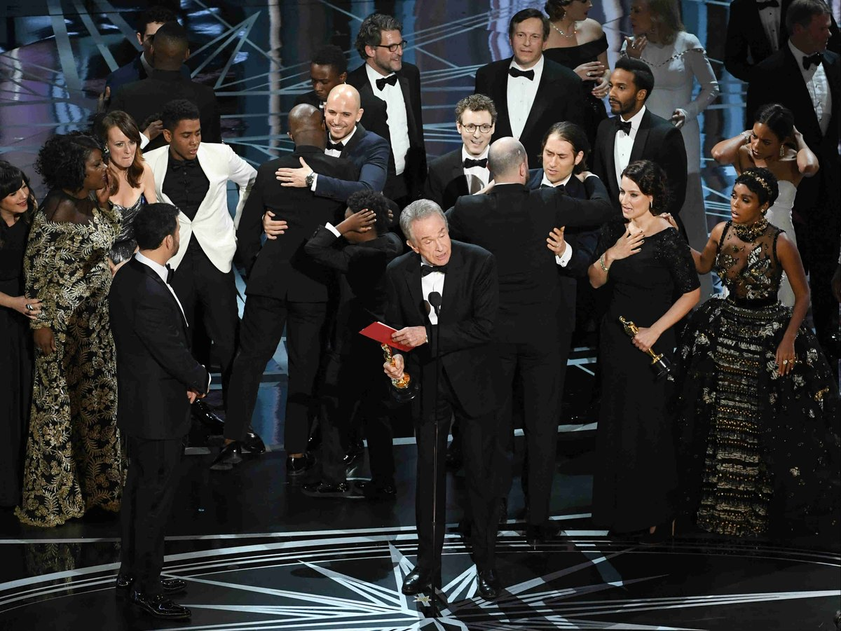 Oscars accounting firm apologizes for best picture blunder—here's why it happened